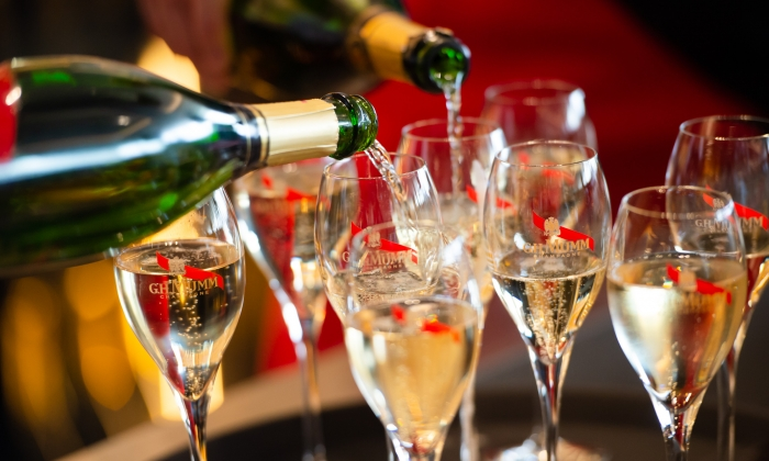 MAISON MUMM OFFICIALLY OPENS FIRST GLOBAL FLAGSHIP CHAMPAGNE BAR AT FLEMINGTON