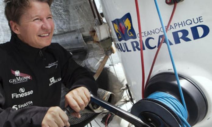 Mumm annonce son partenariat avec Alain Thébault en quête d'un record du monde avec l'Hydroptère